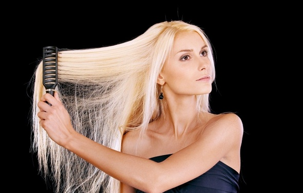 Сильно выпадают волосы: что делать в домашних условиях